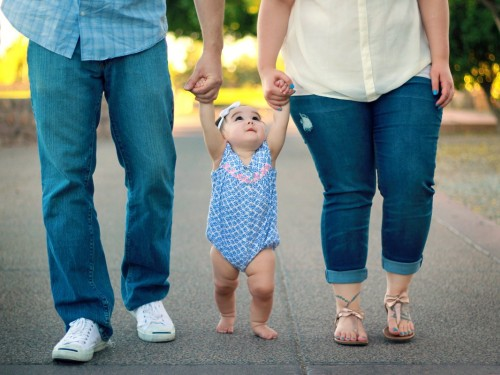 Congé parental partagé : les Canadiens bénéficieront de semaines supplémentaires