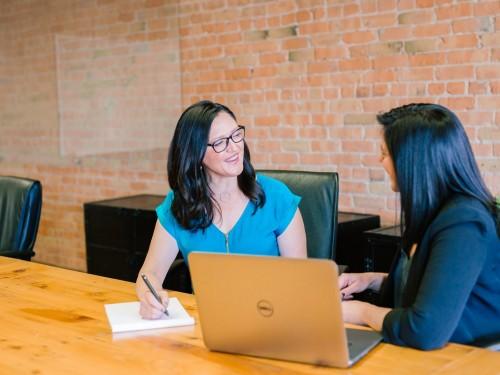 Les 10 pires clichés en entrevue qui ont le don d'énerver le recruteur